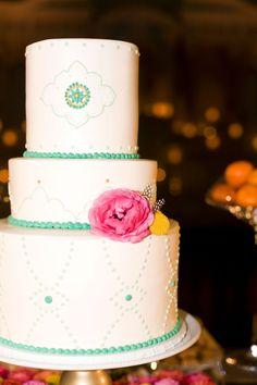 Bohemian | Ikat fabric from Uzbekistan | Sari fabrics | Turquoise vases | White and Teal Cake
