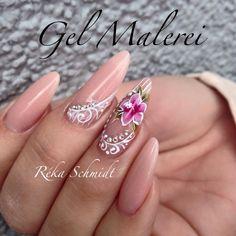 #onemovemalerei #gelmalerei #flower #royalgel #colorgel #crystalnails…