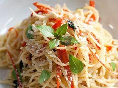 Spaghetti ao alho e pimenta