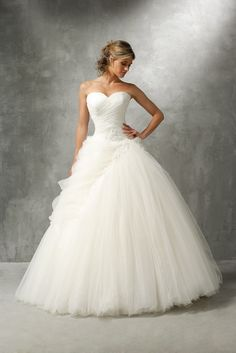 Verschillende bruidsmode stijlen