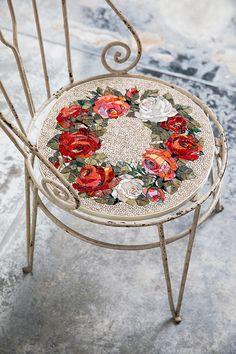Rose mosaic art on a chair seat by Yukiko Nagai Mosaic Tile Art, Mosaic Artwork, Mirror Mosaic, Mosaic Glass, Mosaic Art Projects, Mosaic Crafts, Stained Glass Birds, Stained Glass Panels, Fused Glass