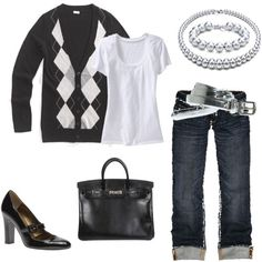 MINUS the ugly black shoes.  I've got black flats that would go perfectly though!