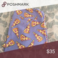 Lularoe PIZZA leggings TC Lularoe PIZZA leggings TC, tall and Curvy, light blue periwinkle background. Worn and washed twice per lula standards. Major unicorn!! 🍕 🦄 LuLaRoe Pants Leggings