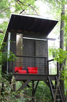 Awesome mom builds ultimate $1,500 treehouse | Shine On - Shine from Yahoo Canada