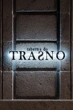 Taberna do Trasno - Nan arquitectos - interior - design - lighting - restaurant - restaurante - iluminacion - cafeteria - caffe - bar - architecture - madrid - barcelona - cambados - pontevedra Bar Architecture, Caffe Bar, Interiores Design, Madrid, Barcelona, Brand Design, Architects, Restaurants, Barcelona Spain