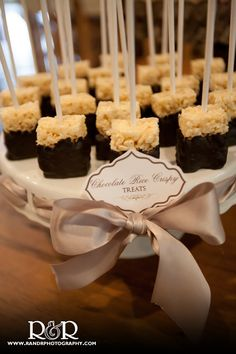 Chocolate covered rice krispie treats :: perfect sweet treat for the end of the night! Wedding Desserts, Fun Desserts, Delicious Desserts, Wine Tasting Shower, Individual Desserts, My Bridal Shower, Rice Krispie Treats, Party Treats, Shower Cakes