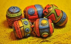 Rebecca Watkins inspired Circus beads by Page's Creations, via Flickr