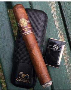 Cigar Club, Cigar Bar, Good Cigars, Cigars And Whiskey, Cigar Smoking, Smoking Pipes, Premium Cigars, Cigar Accessories, Cigar Room