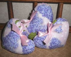 Primitive SPRING LILAC Heart Bowl Fillers Flowers Lilacs Pink Heart Ornies