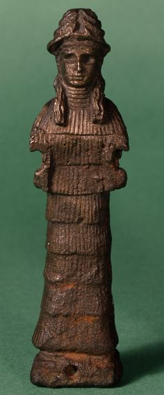 Statuette of Sumerian minor goddess Lamma. Copper. H. 9.840 cm, W. 2.54 cm. Old Babylonian Period, 1800-1600 BCE. Tell el-Muqayyar (ancient Ur), Iraq. British Museum 123040.