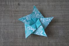Mobile d'étoiles en origami - Dans les boîtes d'Eliaure... Craft, Polymer Clay, Decoration, Xmas, Inspiration, Star Mobile, Paper Mobile, Starry Night Sky, Christmas