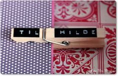 Dymo gift-tag  http://miss-monday.blogspot.com/2012/02/wrap-it.html