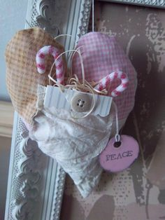 Shabby chic heart ornament handmade quilted chic heart, ornament handmad, shabby chic christmas, heart ornament, shabbi chic, christma decor, christma ornament, christmas ornaments, handmad quilt