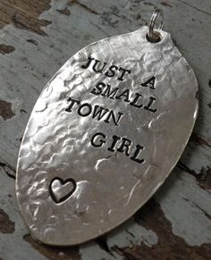 STaMPeD ViNTaGe uPCyCLeD SpooN JeWeLRy by JuLieSJuNQueTiQue, $10.00 Silverware Jewelry, Spoon Jewelry, Jewelry Tools, Metal Jewelry, Jewelry Crafts, Jewelry Art, Jewelry Making, Stamped Spoons, Homemade Jewelry