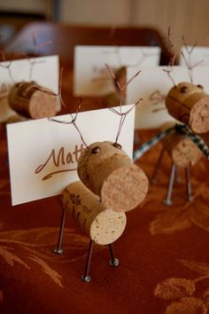 Rustic Cork Reindeer Place Card Holders by lilpie on Etsy Christmas Place Cards, Christmas Names, Christmas Table Settings, Christmas Table Decorations, Decoration Table, Christmas 2019, Christmas Holidays, Christmas Crafts, Nordic Christmas