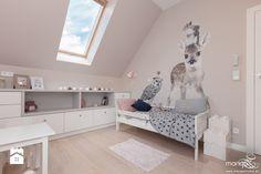 2x POKÓJ DZIEWCZYNKI - domek w szafie - SŁODKIE I DZIEWCZĘCE - Średni pokój dziecka dla dziewczynki dla malucha, styl nowoczesny - zdjęcie od MANGO Studio Architektury Wnętrz i Ogrodów