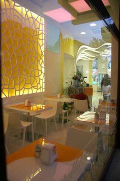 Il Gelato Perrucci, bar-gelateria di Cerignola Gelato, Parlour, Store Design, Dining Table, Architecture, Icecream, Happiness, House, Furniture