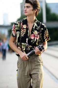 133dbe77d821 como usar una camisa 10  MensFashionSummer Dark Floral