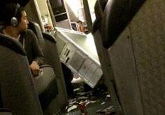 17-Dec-2014 10:48 - FOTO : GEWONDEN IN VLIEGTUIG DOOR TURBULENTIE. Zeker veertien inzittenden van een vlucht van Zuid-Korea naar de VS zijn gewond geraakt bij hevige turbulentie. Twee bemanningsleden zijn er slecht aan toe. Vijf gewonden zijn in Japan uit het toestel gehaald en naar een ziekenhuis gebracht. De overige passagiers zijn ook behandeld, maar hoefden niet te worden opgenomen. Zij zijn in hotels ondergebracht. De Boeing 777 van American Airlines had volgens een ooggetuige zo'n…