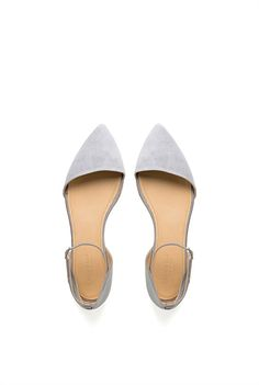 country road | point flat. pale grey