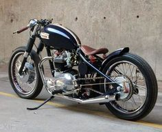 Gallery for Triumph Bonneville Cafe Racer - image Triumph Bobber, Bobber Bikes, Bobber Motorcycle, Bobber Chopper, Triumph Bonneville, Cool Motorcycles, Triumph Motorcycles, Vintage Motorcycles, British Motorcycles
