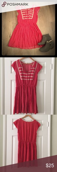 Free People Flowy Red And Cream Polka Dot. Size 8 Amazing Free People Flowy Red And Cream Polka Dot. Size 8. Free People Dresses Mini