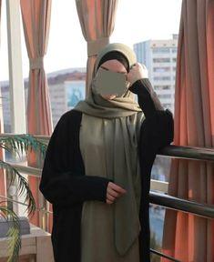 Muslim Fashion, Hijab Fashion, Korean Fashion, Fashion Outfits, Muslim Photos, Islamic Cartoon, Cute Girl Photo, Mode Hijab, Hijab Outfit
