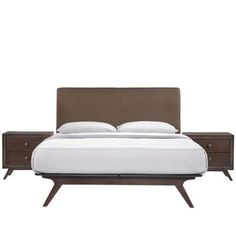 Langley Street Modesto Platform 3 Piece Bedroom Set Finish: Brown