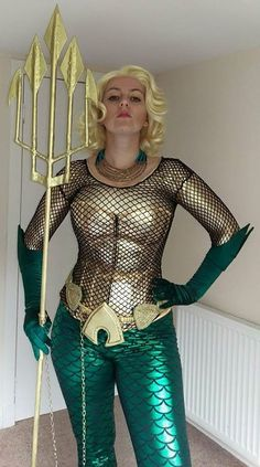 Super heroes+Cosplay+mujeres=Diversion