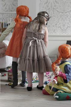 Sanctuary: Children's nooks/ Love the Pippi Longstocking wigs!