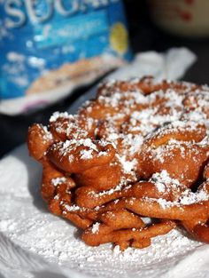 How to make funnel cakes at home - can also use this batter to deep fry oreos, twinkies, candy bars......