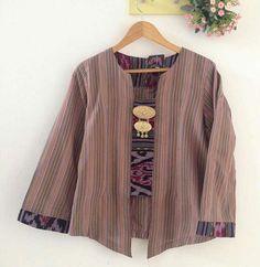 Blouse Batik, Batik Dress, Batik Fashion, Boho Fashion, Mode Batik, Big Size Fashion, Asian Fabric, Batik Kebaya, Mix Match Outfits