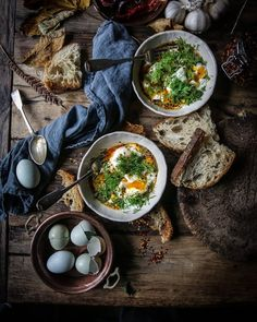 It wouldn't be Saturday without a good dollop of Turkish eggs, would it? @nigellalawson from #atmytable #fromabove #flatlaystyle…