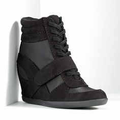 Simply Vera Vera Wang sneaker wedges Black sneaker wedges worn once or twice, basically new condition. Laces and velcro from, zipper on the side. Fits like a Simply Vera Vera Wang Shoes Wedges Wedge Tennis Shoes, Black Wedge Sneakers, New Sneakers, Sneakers Women, Converse Wedge Sneakers, Womens Wedge Sneakers, Wedged Sneakers, Hidden Wedge Sneakers, Converse Outfits
