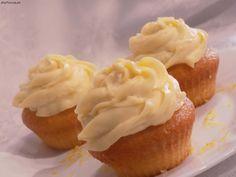 Babeczki cytrynowe nadziewane lemon curd