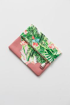 Tropic Luxe Clutch - $49.99 http://helloholiday.com/collections/new-arrivals/products/luxe-clutch-in-tropics