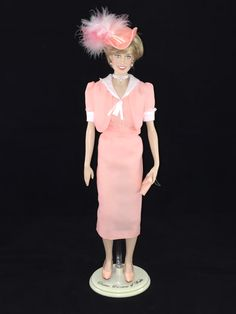 This Franklin Mint Diana doll is wearing a custom replica of the outfit that Diana wore as she headed off on her honeymoon.
