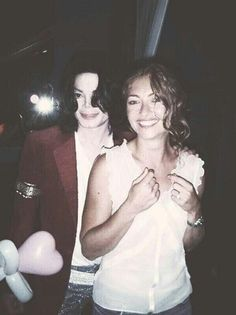 Michael with actress/model Rebecca Gearhart :)   | Curiosities and Facts about Michael Jackson ღ by ⊰@carlamartinsmj⊱