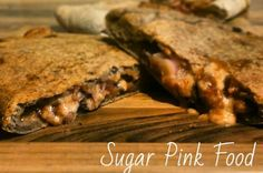 Sugar Pink Food: Slimming World Recipe: Syn Free BBQ Beef Calzone