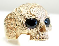 10k Solid Gold Sugar No Jaw Skull Flower Ring Black Onyx Eyes - Rings | RebelsMarket  $1795.50  Little rich for my bloody but absolutely lovely!
