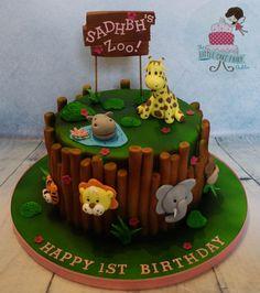Sadhbh's Zoo - Cake by Little Cake Fairy Dublin Jungle Birthday Cakes, Jungle Theme Cakes, Boys First Birthday Cake, Animal Birthday Cakes, Safari Cakes, Themed Birthday Cakes, Themed Cakes, Animal Cakes For Kids, Zoo Cake