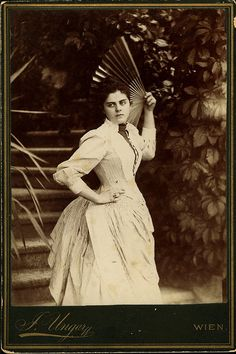 MARIA VETSERA | Killed in a supposed suicide pact with Prince Rudolph of Austria/Hungary