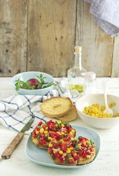 Friselle con pomodorini - Friselle with cherry tomatoes (typical Italian bruschetta recipe)