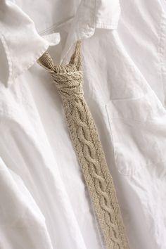 hand-knit linen tie