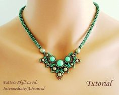 Etsy の CHIMERE beaded necklace beading tutorial by PeyoteBeadArt                                                                                                                                                                                 もっと見る
