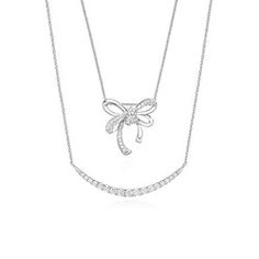 Layering is definitely hot right now. #mazzucchellis #necklaces #diamonds