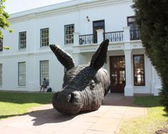 A mule head sculpture made from recycled tyres by Andries Botha