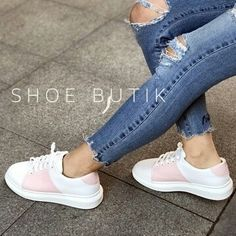 "36e78aa80c6 خرید مستقیم برندها از ترکیه🇹🇷 on Instagram: ""50  https://www.shoebutik.com/Ghost-Beyaz-Pudra-Sneakers,PR-121951.html"""