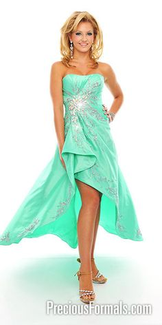 This would be a fun, colorful dress<3