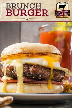 Get the best of both worlds with this Brunch Burger Benedict recipe! Made with a Certified Angus Beef®️️️️️️️️️️️ brand lean ground beef patty and topped off with an egg, Canadian bacon, and hollandaise sauce, this easy burger recipe is the perfect combin Carne Angus, Boeuf Angus, Angus Beef, Best Beef Recipes, Barbecue Recipes, Dog Recipes, Favorite Recipes, Hamburger Recipes, Vegetarian Barbecue